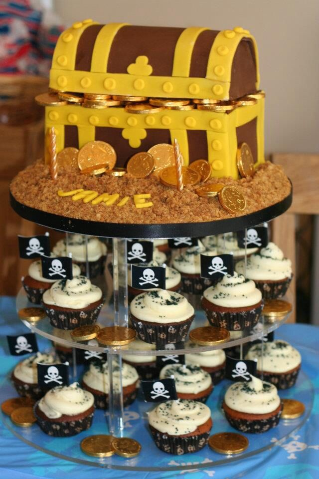 12 Treasure Pirate Party Cakes Photo Pirate Treasure Chest