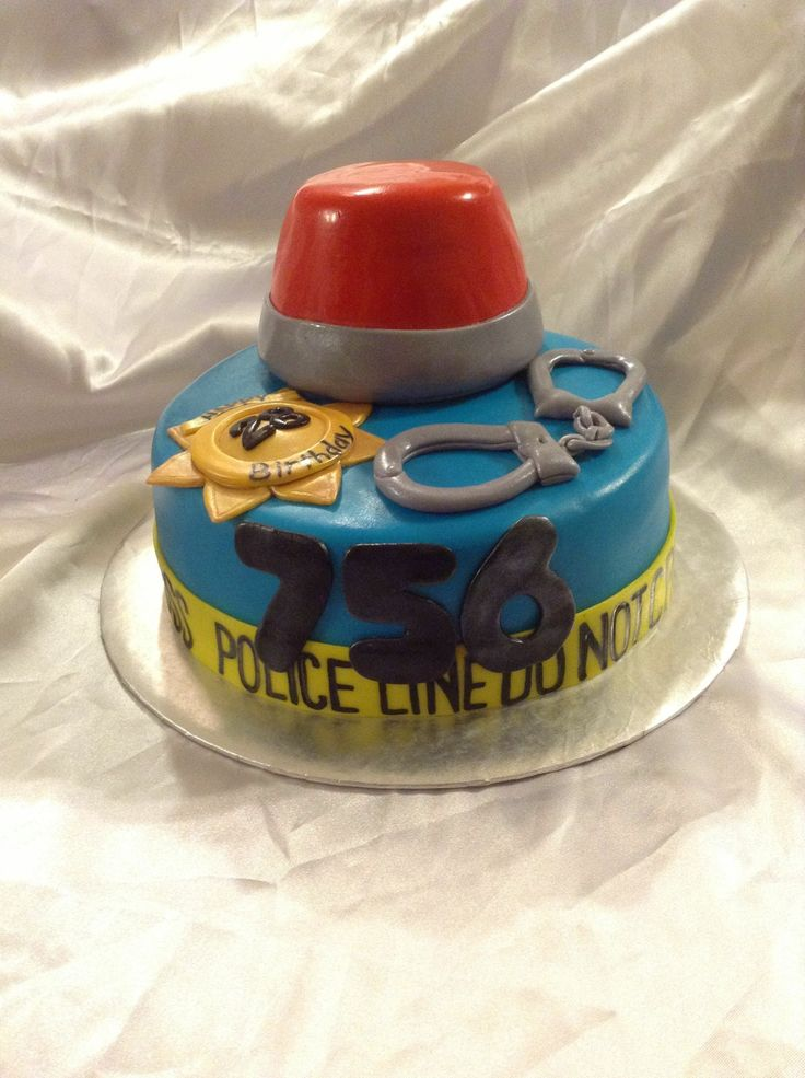 8 Photos Of Police And Firefighter Cakes