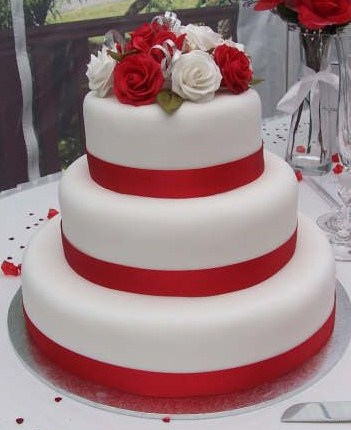 8 Crimson And White Birthday Cakes For Men Photo Red and White