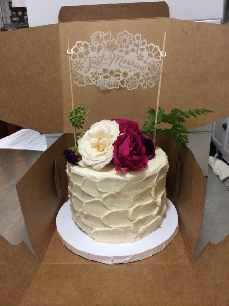 9 single layer buttercream cakes photo one tier wedding for Simple single
