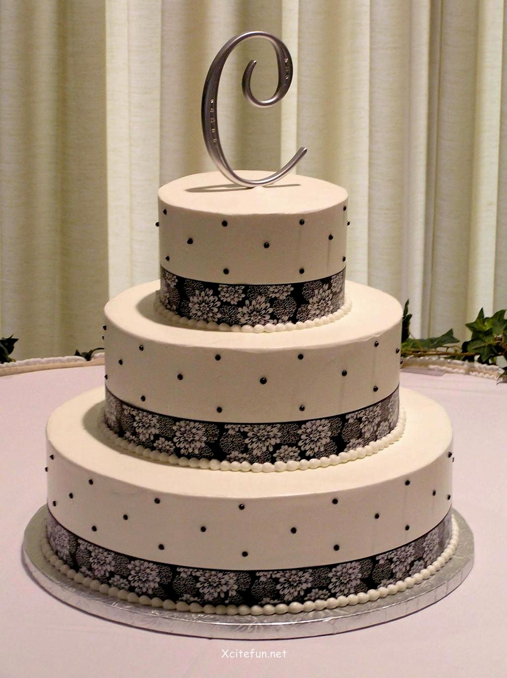 12 modern decorating cakes photo modern buttercream cake designs wedding cake decorating ideas junglespirit Gallery