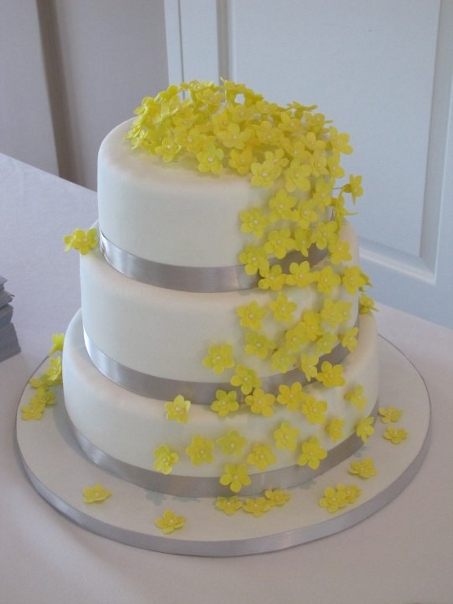 gray wedding cake designs 12 blue and yellow themed wedding cakes photo blue and 14904