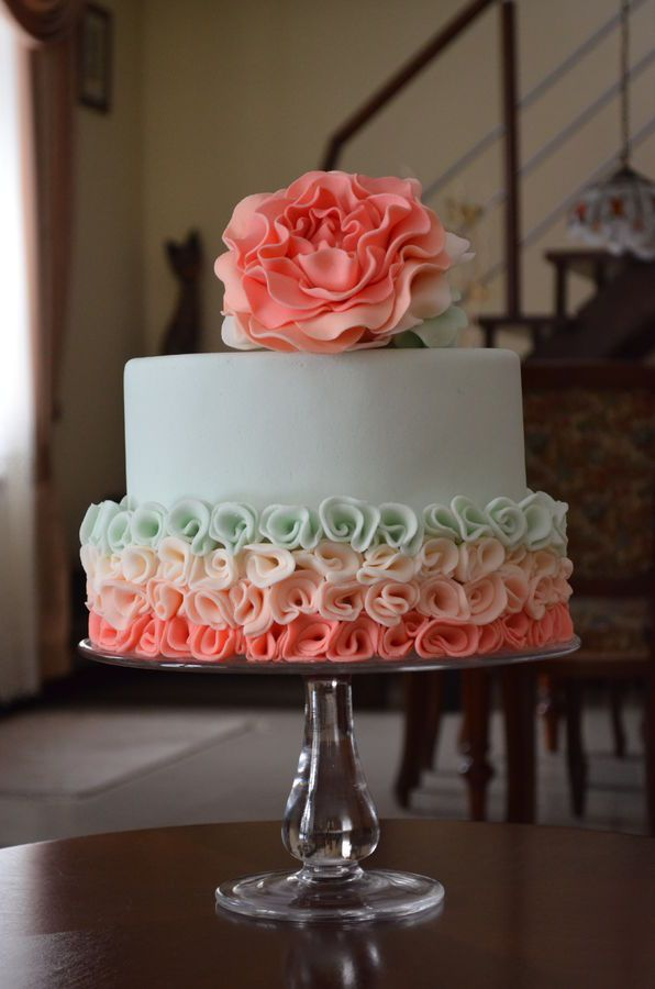 12 Classy Cakes Pinterest Photo Beautiful Floral Wedding Cake