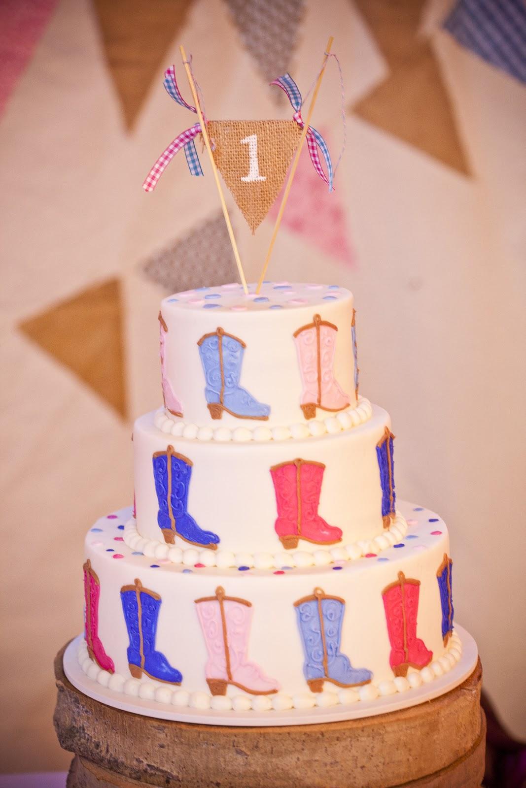 10 Cowboy Boot Cakes For Boys Photo - Cowboy Boot Cake, Cowboy ...