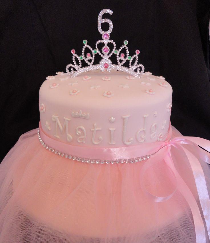 13 DIY Princess Themed Birthday Cakes Photo DIY Princess Birthday