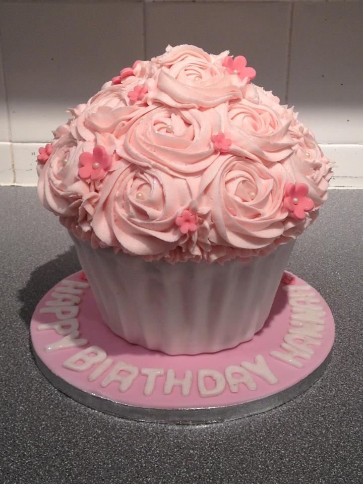 11 Cupcake Birthday Cakes Photo Cupcake Themed Birthday Cake