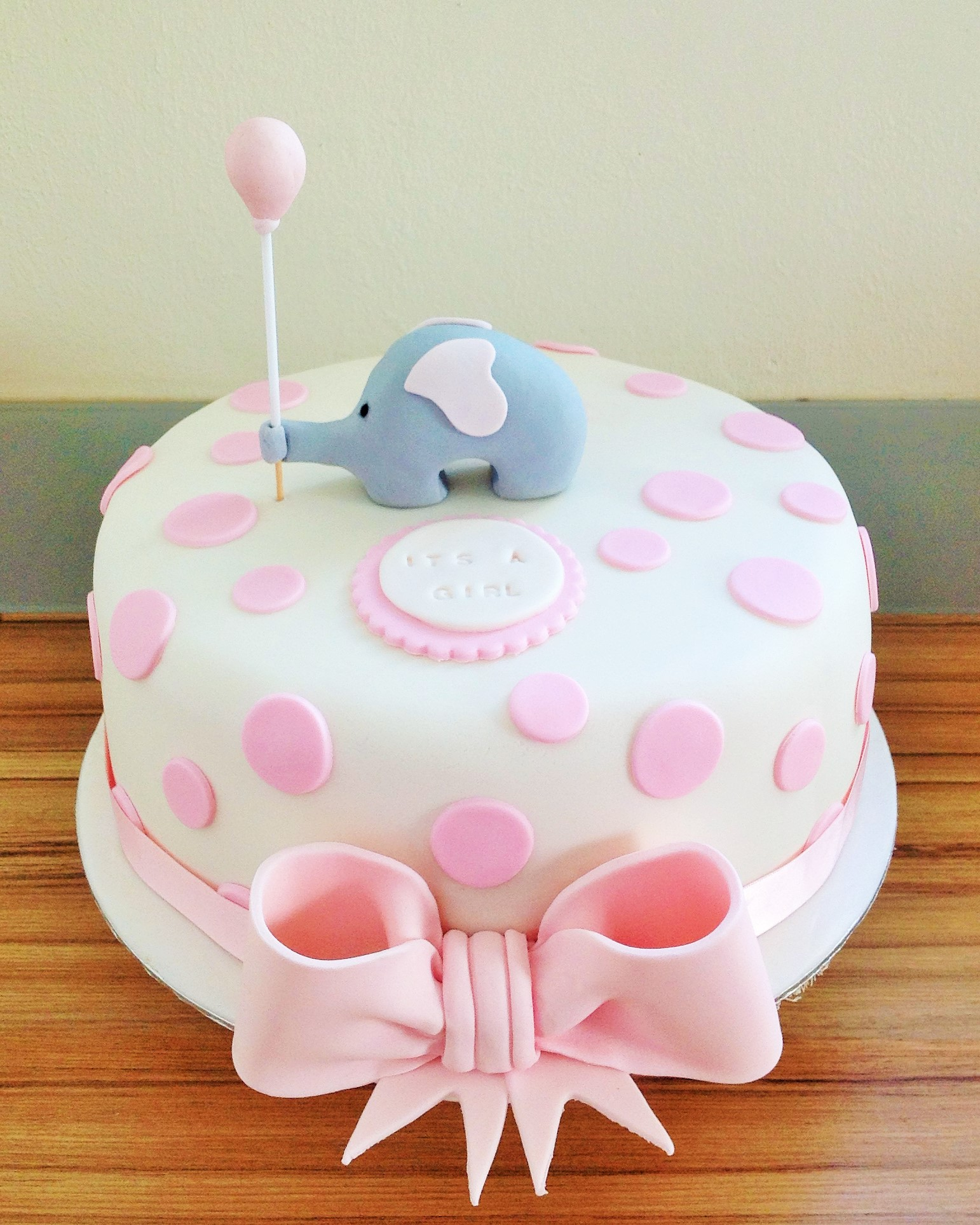 7 Ele Baby Shower Cakes Photo Chanel Baby Shower Cake Girl Baby
