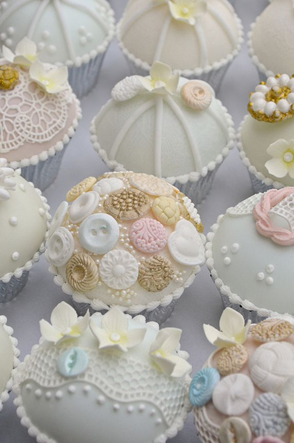 vintage bridal shower cupcake cakes