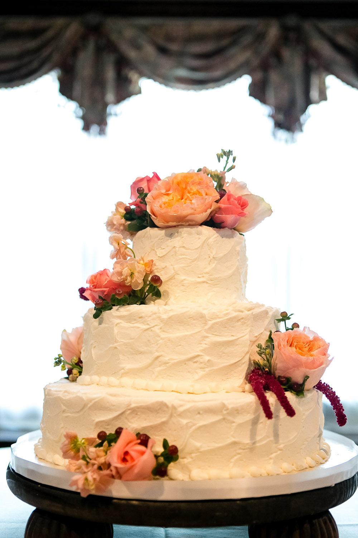 7 Round Wedding Cakes With Fresh Flowers Photo - Round Wedding Cake ...