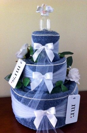 how to make wedding shower towel cake