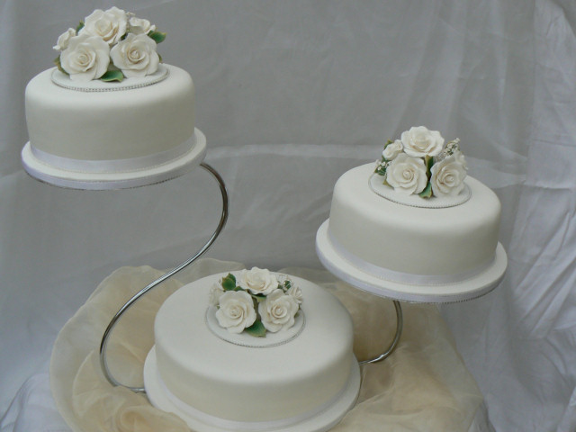 Three Tier Round Wedding Cake