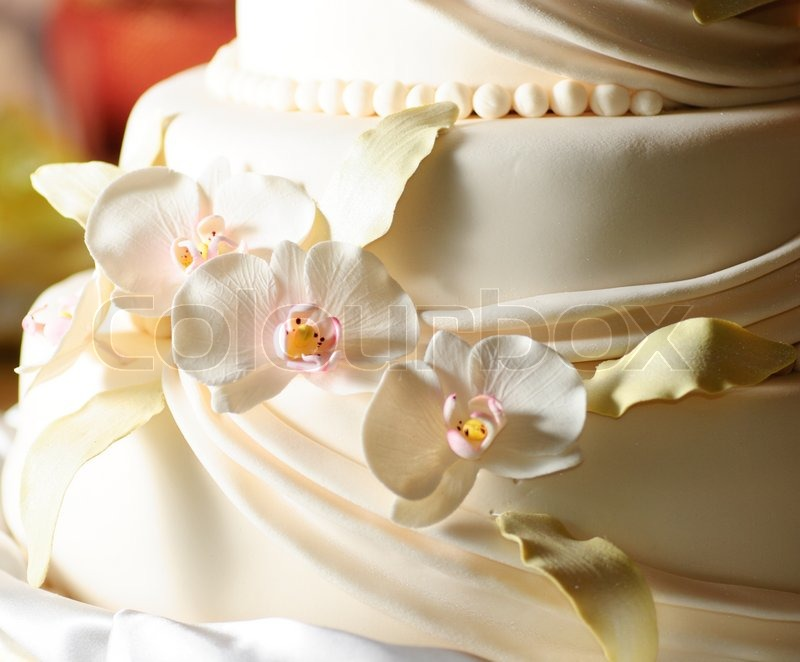 White Wedding Cake with Icing