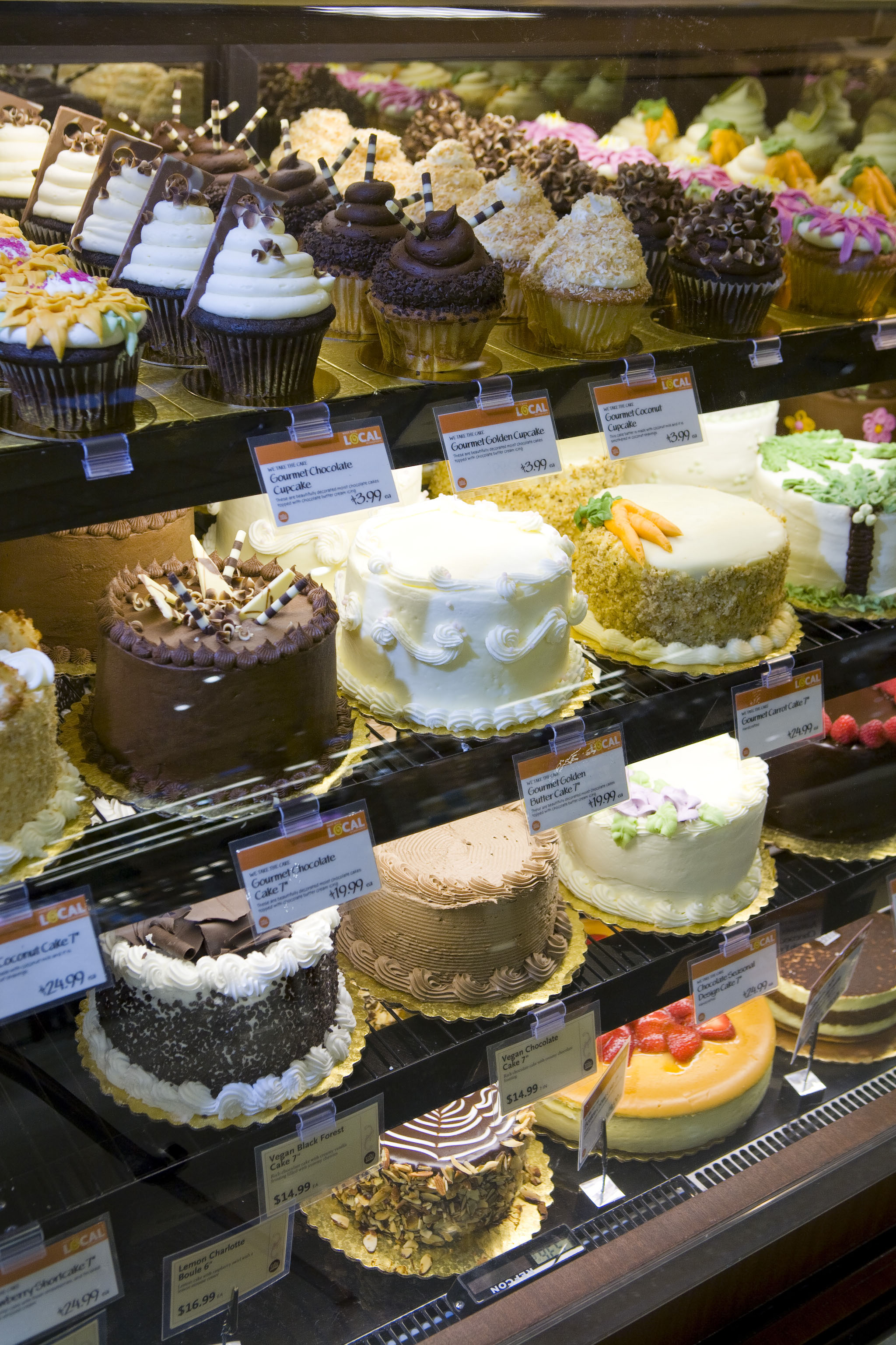 whole foods cakes price