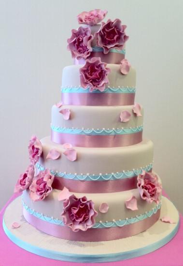 5 Tier Wedding Cake With Flowers