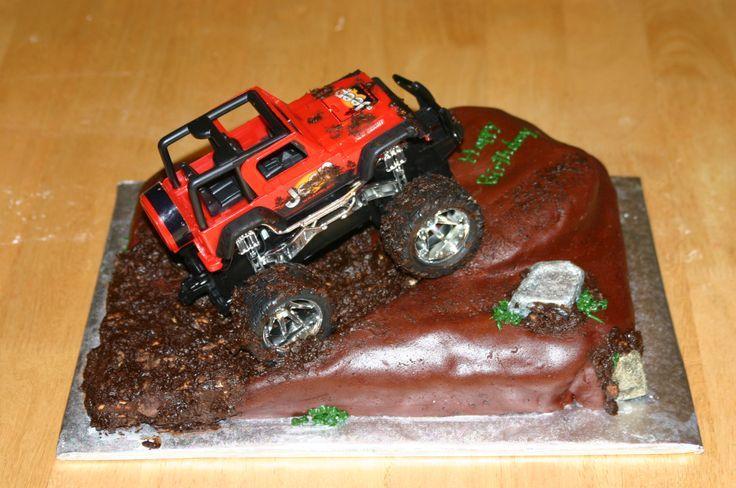10 Jeep Wrangler Themed Cakes Photo Jeep Wedding Cake Jeep