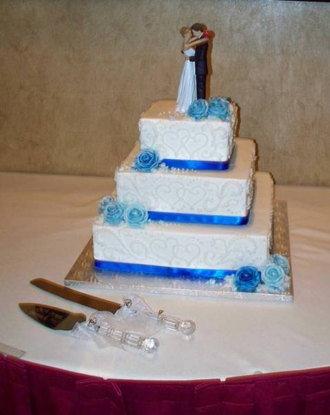 royal blue and white square wedding cakes 9 royal blue and silver square wedding cakes photo royal 19357