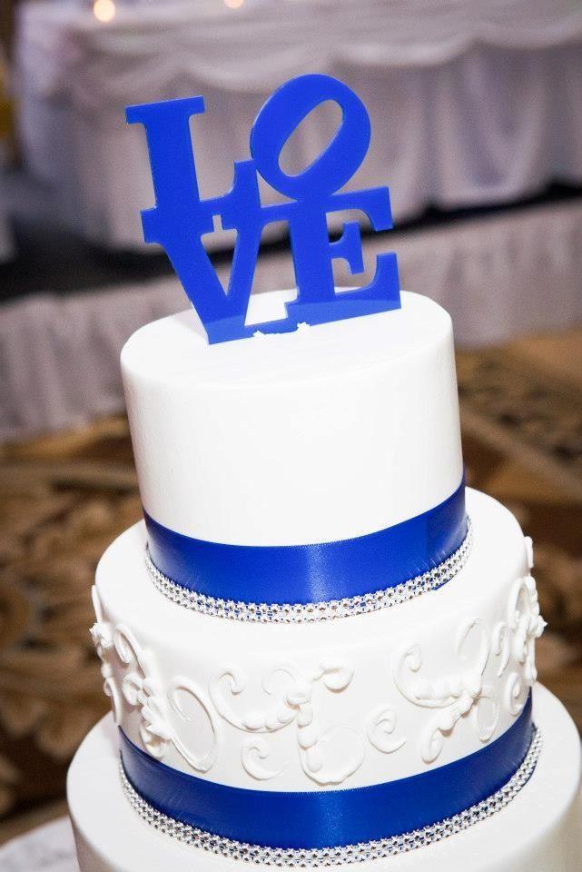 Royal Blue Wedding Cakes - Wedding Photography