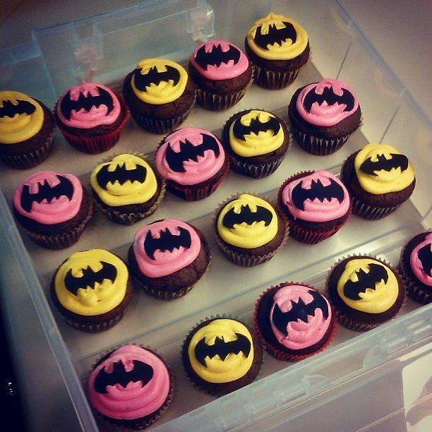 12 Batgirl Cakes Ideas For A Six Year Old Photo Batman Birthday