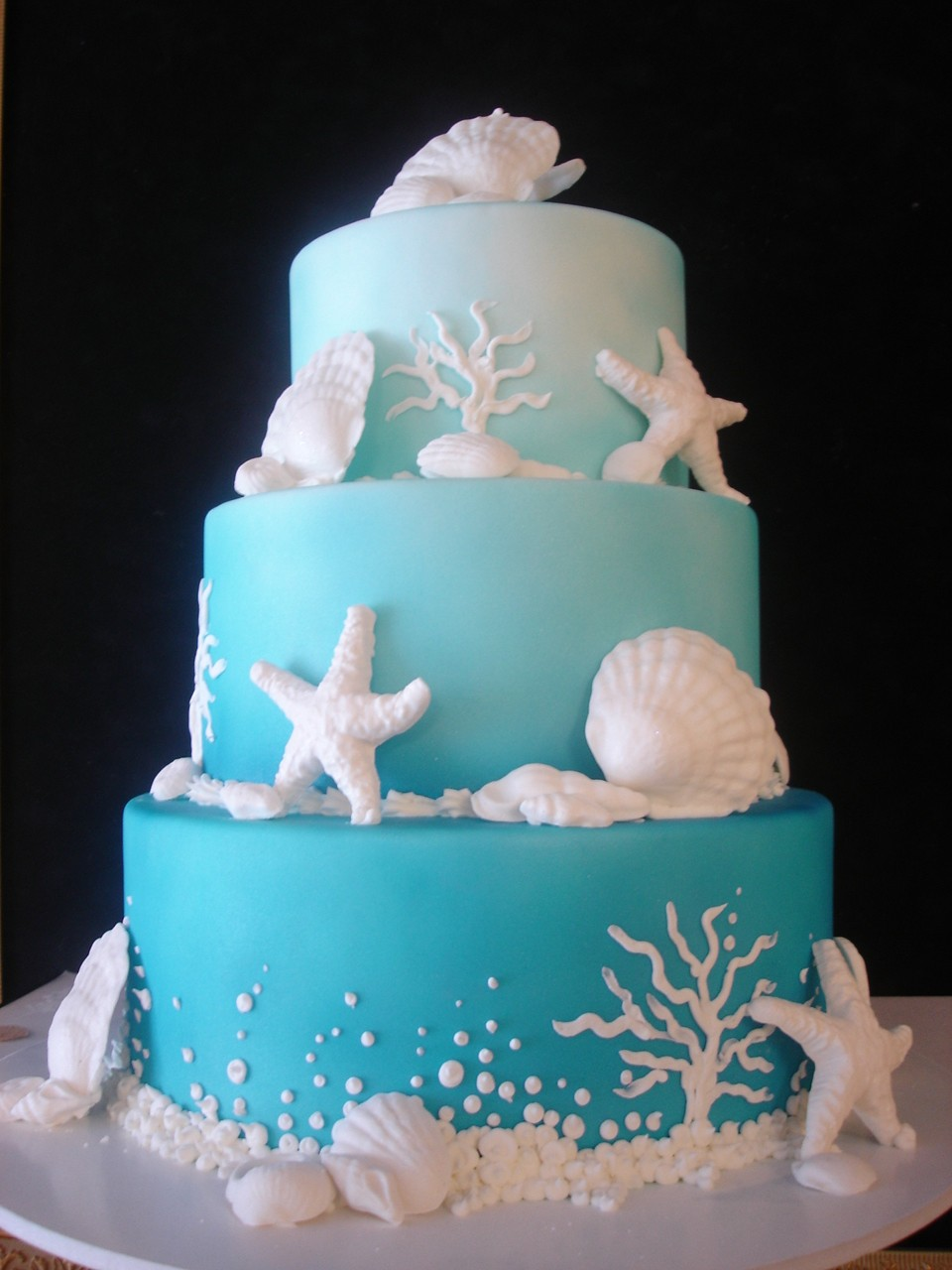 13 Cakes Blue Beach Photo Beach Theme Wedding Cakes Under The Sea