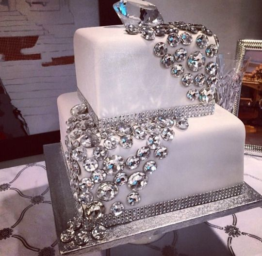 7 Blinged Out Cakes For Boys Photo - Birthday Cake with Bling, Bling ...