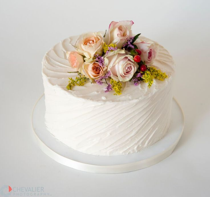 Small Wedding Cake Small Wedding Cakes Pictures How Fun Is This