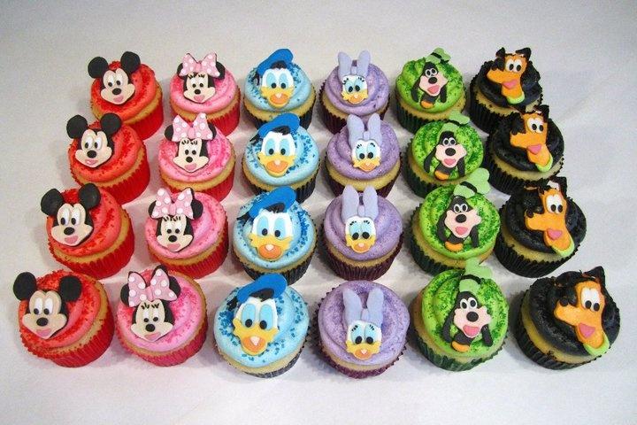 5 Photos of Disney Up Cupcakes