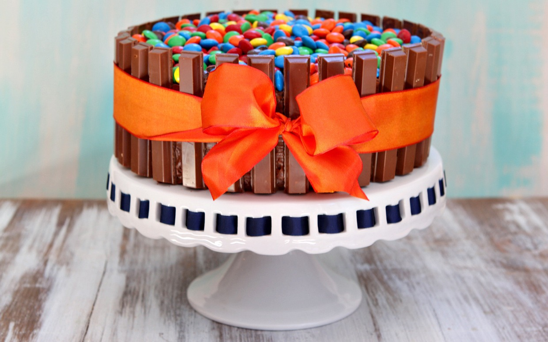 5 Photos of Halloween Candy Bowl Cakes