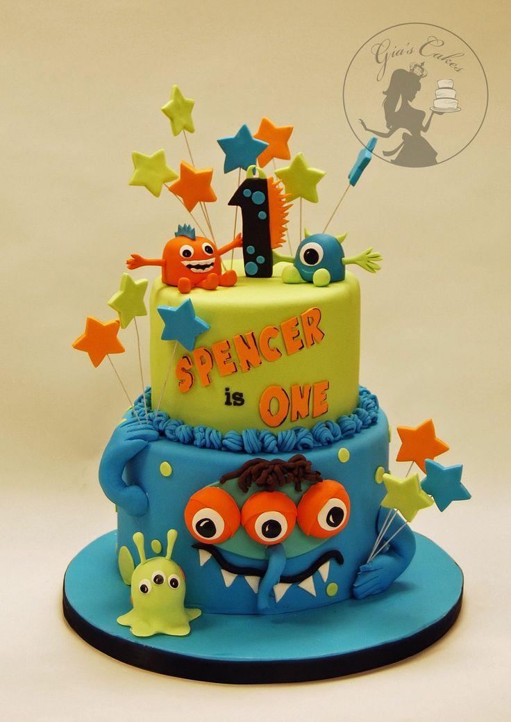 10 Mini Monster Cakes Photo Halloween Monster Cupcakes Halloween
