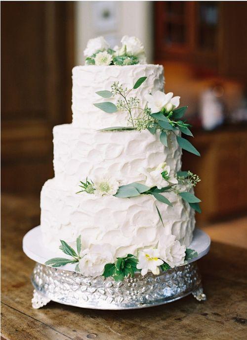 Rustic Wedding Cake Via Icing Types
