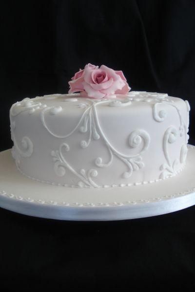 11 Single Layer Round Fondant Cakes Photo - Simple Single Tier ...
