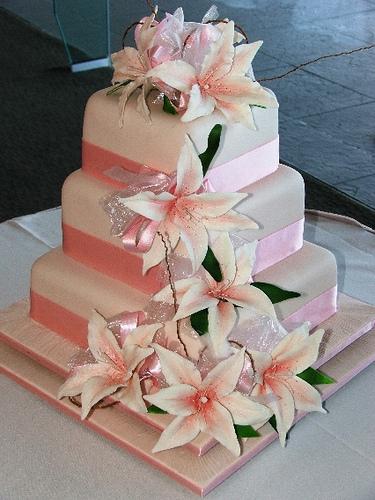13 Pink Wedding Cakes With Lilies Photo Stargazer Lily Birthday - Wedding Cake With Lilies