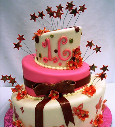 Swell 11 Cupcake Birthday Cakes 16 Years Old Photo 16 Year Old Funny Birthday Cards Online Alyptdamsfinfo