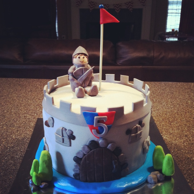 10 Photos of Knighthood And Castle Cakes