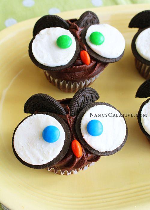 8 Small Owl Cupcakes With Oreos Photo Cute Owl Cupcakes Owl