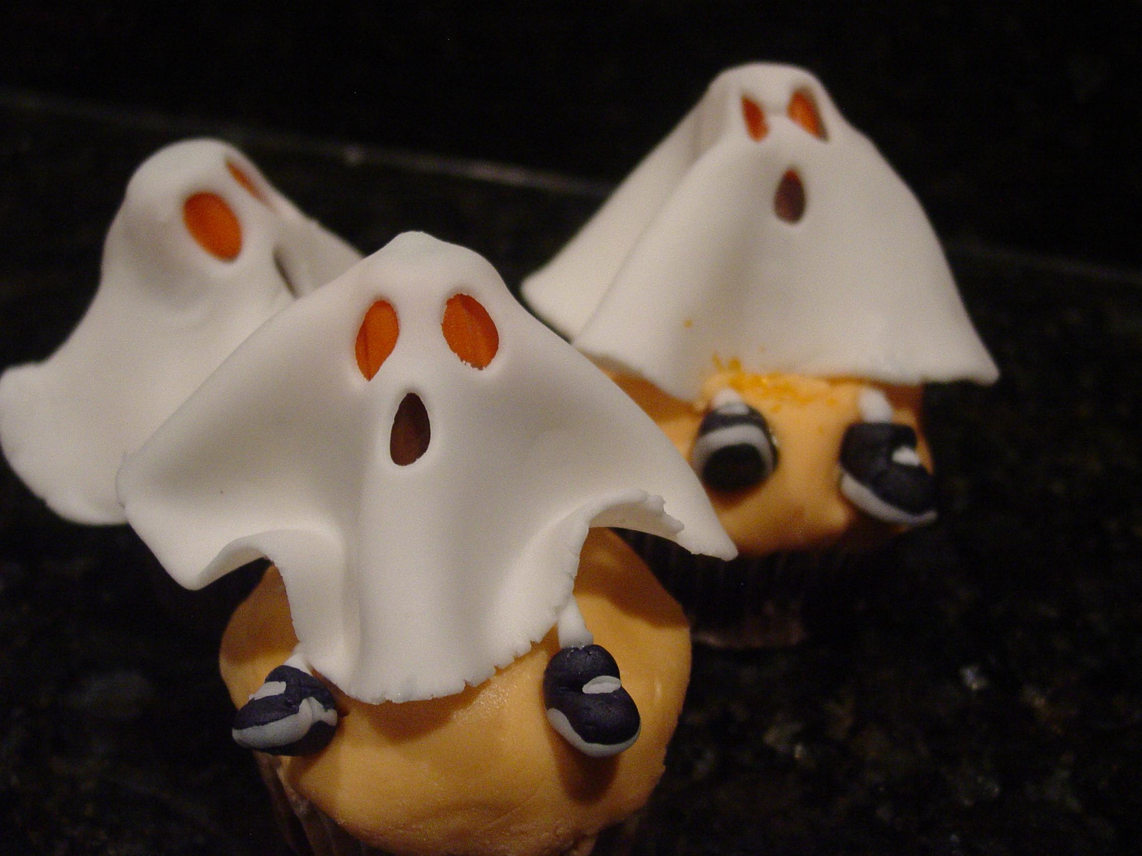 11 Photos of Halloween Cupcakes Fondant