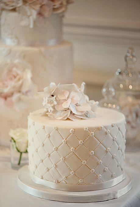 9 Single Tier Round Wedding Cakes Photo - One Tier Wedding Cakes ...