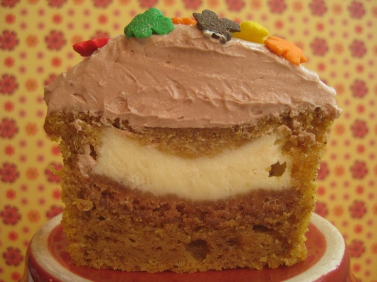 9 Photos of Pumpkin Cupcakes With Cheesecake Filling