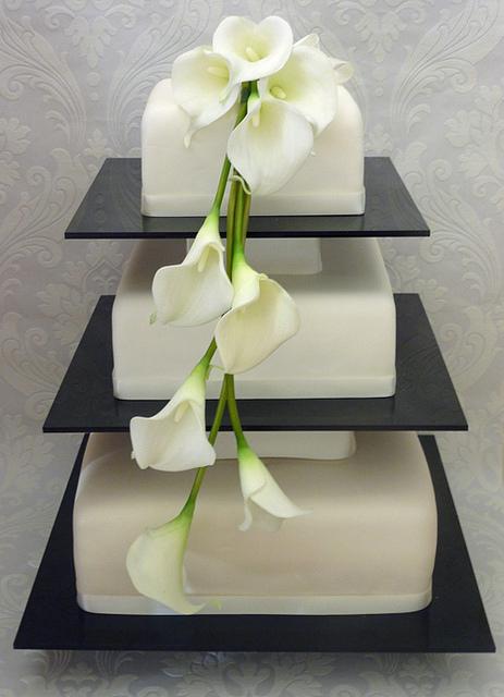 11 Fall Calla Lily Bridal Cakes Photo - White Wedding Cake with ...