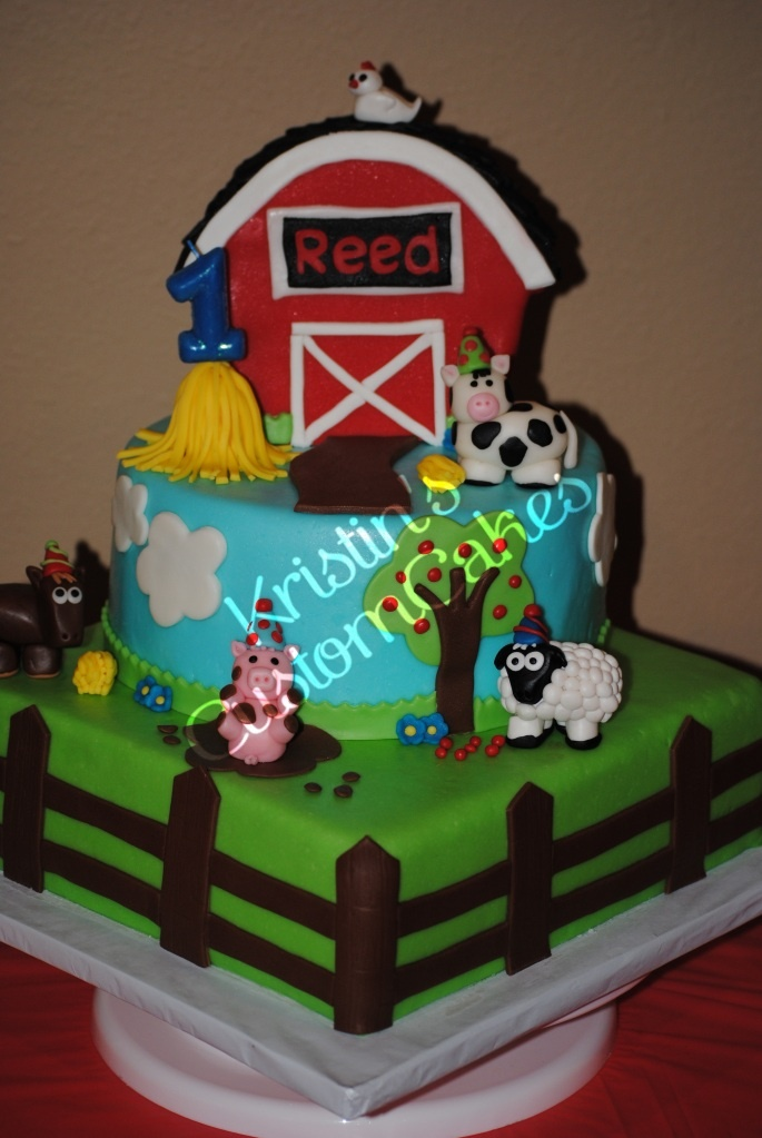 Barnyard Farm Animal Birthday Cake