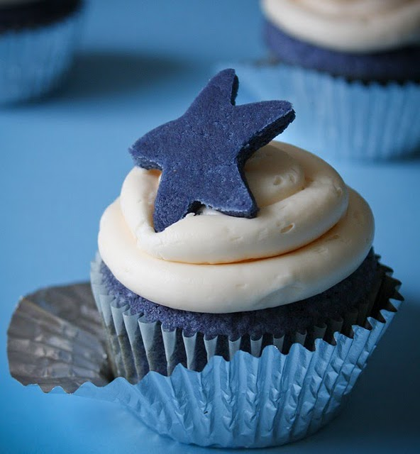 10 Photos of Blue Cupcake Cakes