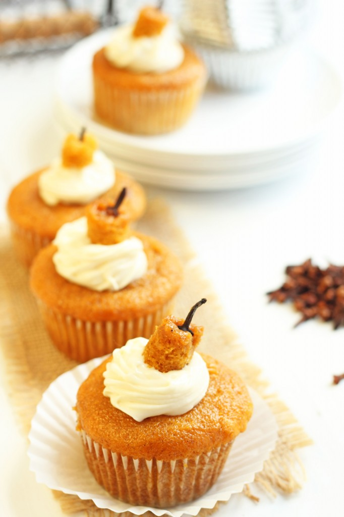 6 Photos of Pumpkin Cupcakes With Cream Cheese Filling
