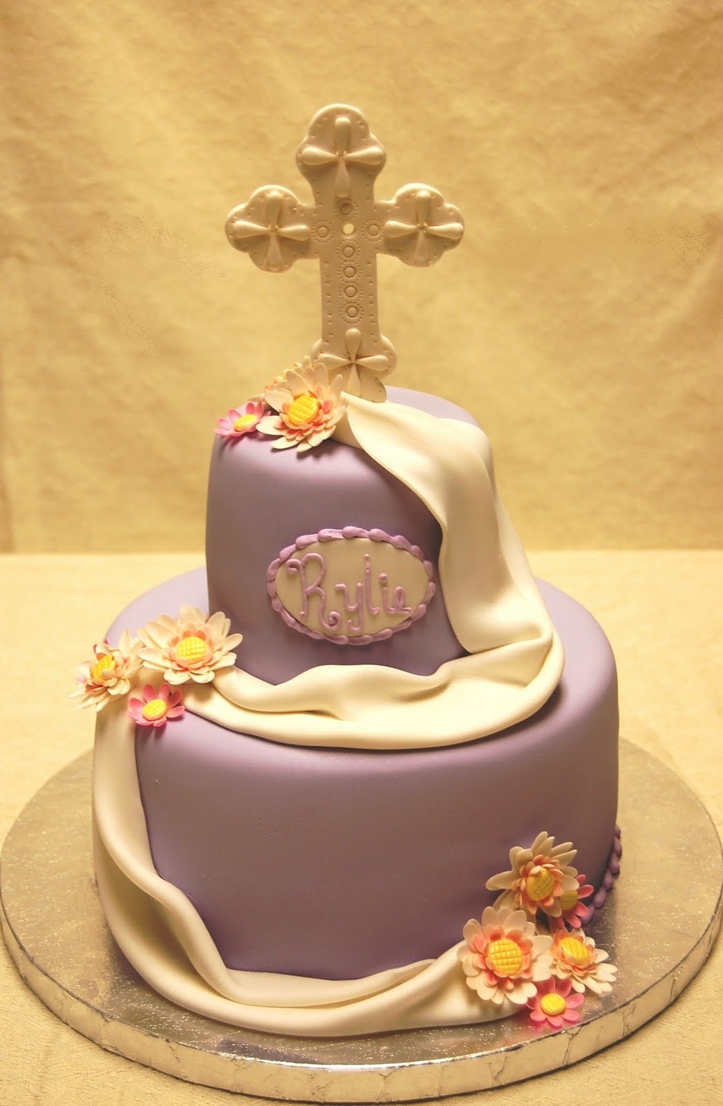 12 Photos of First Communion Cakes 2014
