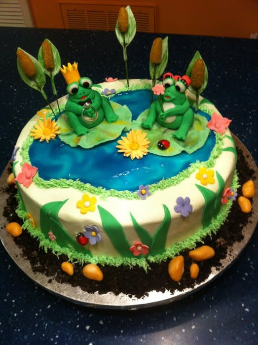 11 Photos of Sheet Cakes With Lily Pads