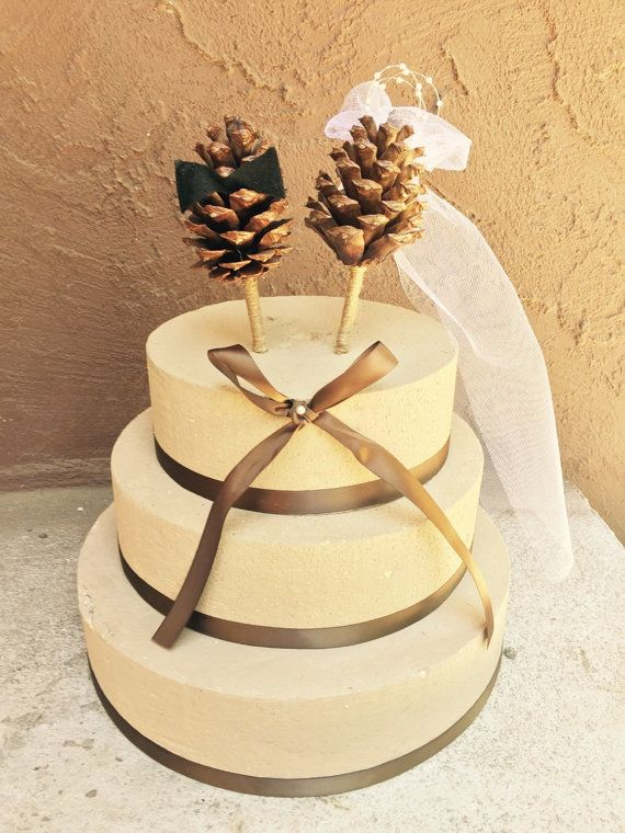 9 Columns In Wedding Cakes Decorated With Pine Photo - Wedding Cake ...