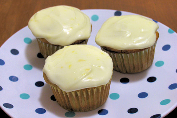 6 Photos of Sour Cream Frosting For Cupcakes