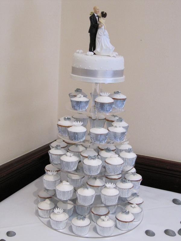 12 Cupcake Weddings Cakes White Silver Photo - Wedding Cake with ...
