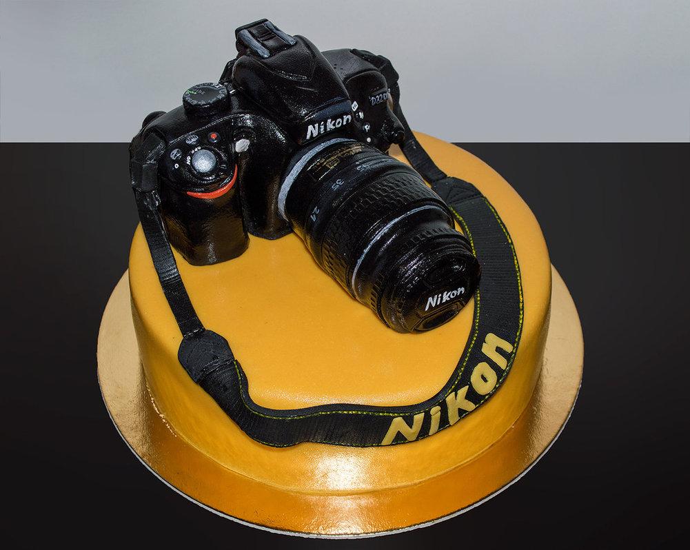 I NIKON BIRTHDAY 27