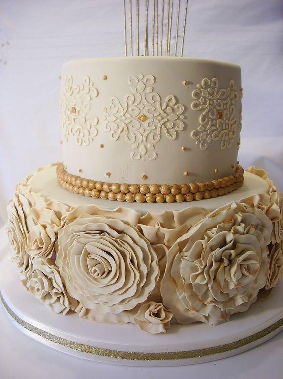 12 Golden Birthday Cupcakes Photo Happy Golden Birthday Cupcake