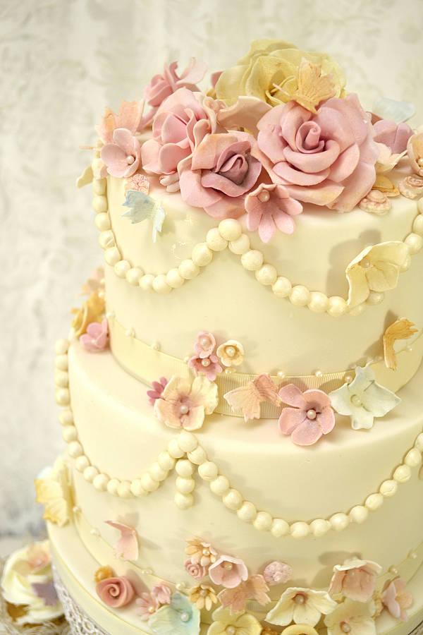 12 Vintage Pastel Wedding Cakes With Flowers Photo - Vintage Wedding ...