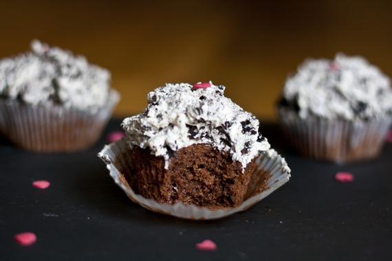 5 Photos of Valentine Oreo Cupcakes
